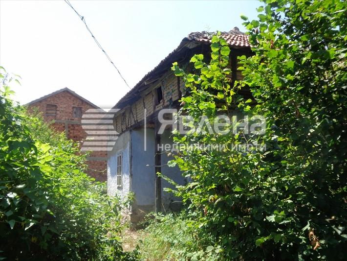 2 къщи на цената на 1